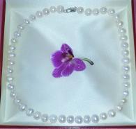 снимка на Класическо, бяло колие от естествени перли