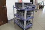 Висококачествени сервитьорски колички с затворени стени