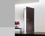 снимка на нечупливи  луксозни интериорни врати